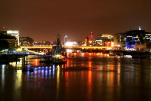London Bridge by rafaelmcsilveira