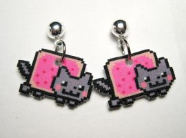 Nyan Cat Stud Dangle Earrings by JennyLovesKawaii
