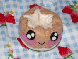 Doughnut Ornament by Mishaila