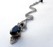 Black Jewel Necklace by Aranwen