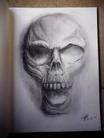 Hollow Skull by TiffanyIsNinja