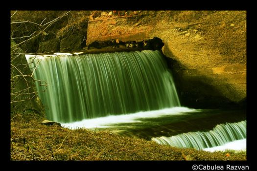 Corvins Castle Waterfall by radexutz
