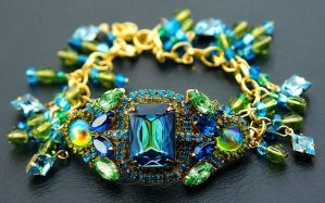 Sea Siren - Swarovski Bracelet by Moon-Bubbles