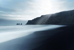 Black Beach by frestro79