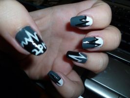 2PM Heartbeat Nail Art by kkmaree