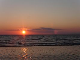 Hiiumaa sunset by rihosk
