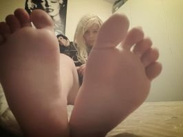 My feet soles :) by pazza9