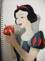 Snow White by Naiengele