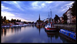 St Mary Redciffe at Dawn by northernmonkeyz
