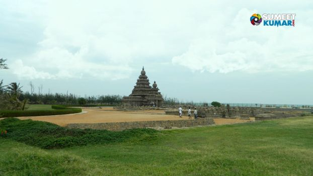 Mahabalipuram, India by gotosumeet