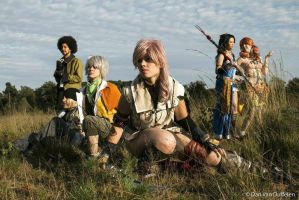 Final Fantasy XIII Cosplay group by KellywoeshxD