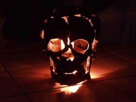 Iron Skull - Flame Within by nomibubs