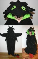 Toothless Kigurumi Commission by itsthekitsunekid