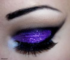 Violet Glitter II by killerpeach94