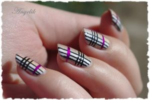 Nail Art Burberry by Angelik23