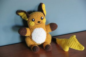 #026 Raichu by pokecrochetchallenge