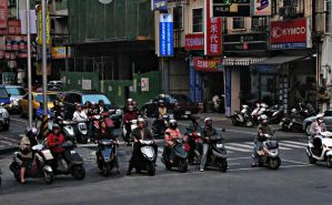 TAIWAN MOPEDS AT STOPLIGHT by CorazondeDios
