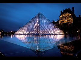 Louvre by night 2 by LeMex