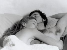 Couple in Bed by harmonyzz