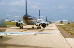 Airplane Line up by Picture2841
