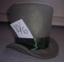 Mad Hatter's Top Hat by LLBeanie