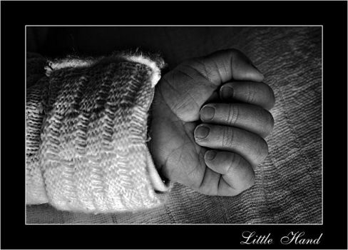 Little Hand by cody29
