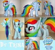 Rainbow Dash plushie by SunflowerTiger