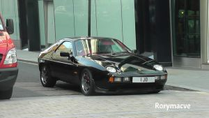 Porsche 928 by The-Transport-Guild