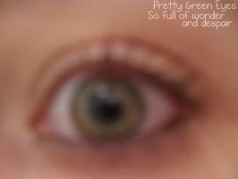 Pretty Green Eyes by Kandyfloss30a
