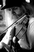 Roger and the Violin - BW by macgerahty