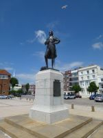 Nelson Statue by photodash