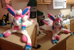 Large Sylveon/Ninfia Plush by PakajunaTufty