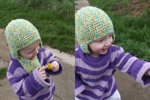 Crochet hat and scarf by Esarina