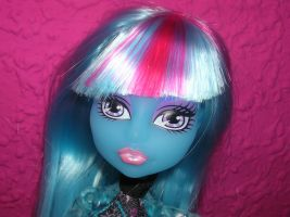 Ice Girl cara pose by fanmonsterhigh