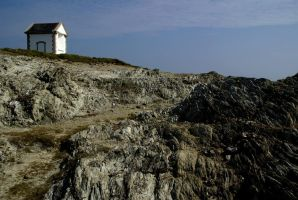 Little house on the cliff by Gerfer