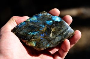 Labradorite by lamorth-the-seeker