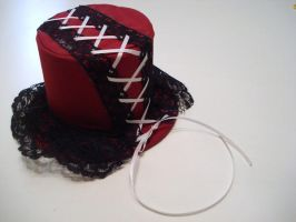 Asym. Mini Gothic lolita hat by Capsulian
