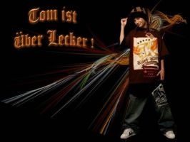 Tom ist oober Lecker by purplesockprincess