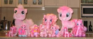Invasion Of The Pinkie Pies by CheerBearsFan