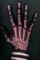 Skeleton fingers by Caneleb