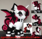 OC Lilith aka Velvet the Ink plush by agatrix
