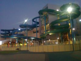 Glenelg Waterpark At Night by Kargroth