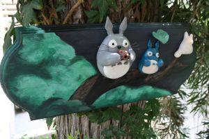 Totoro plaque view1 by souffle-etc
