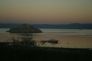 Mono Lake Sunset by XylidineGriffin