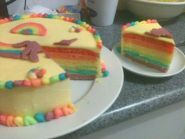 rainbow cake c: by antenna-girl