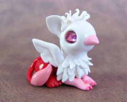 Valentine Gryphon by DragonsAndBeasties