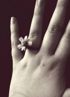 Flower Ring by xFlame4