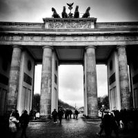 Berlin Brandenburger Tor Quadriga by MichiLauke