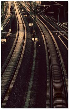 neverending rails by KleineMo