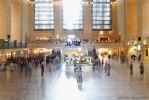 Grand Central's ghosts by dj-neogirl